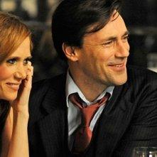 I brillanti Kristen Wiig e Jon Hamm nella commedia corale Friends With Kids