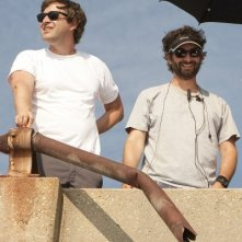 I registi Jay Duplass e Mark Duplass all'opera sul set di Jeff Who Lives at Home