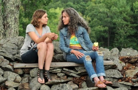 Jane Fonda Ed Elizabeth Olsen In Una Scena Di Peace Love Misunderstanding 210263