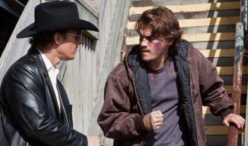 Matthew McConaughey ed Emile Hirsch in una scena di Killer Joe