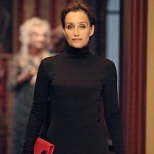 Un'intrigante immagine di Kristin Scott Thomas in The Woman in the Fifth
