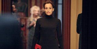 Un'intrigante immagine di Kristin Scott Thomas in The Woman in the Fifth