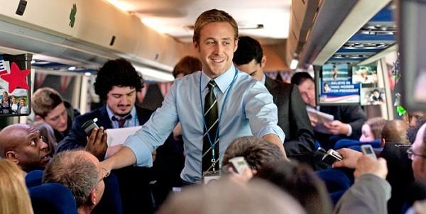 Un Sorridente Ryan Gosling Impegnato Nella Campagna Elettorale In Le Idi Di Marzo 210286