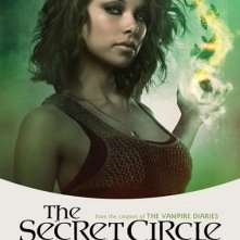 Un character poster per il personaggio di Jessica Parker Kennedy nella serie The Secret Circle