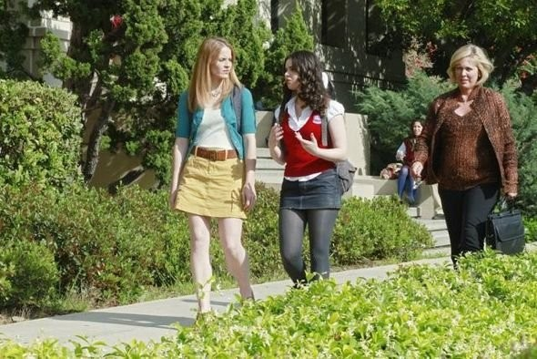 Katie Leclerc E Vanessa Marano In Una Scena Dell Episodio The Persistence Of Memory Di Switched At B 210729