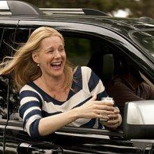 Laura Linney in una scena dell'episodio Un lungo viaggio di The Big C