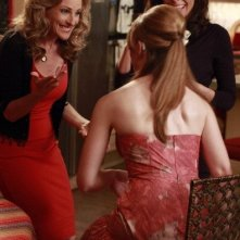 Marlee Matlin in una scena dell'episodio Dance Amongst Daggers di Switched at Birth
