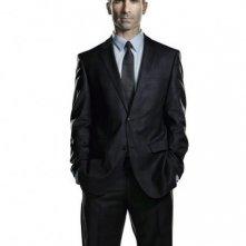 Nestor Carbonell in una immagine promozionale di Ringer