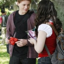 Sean Berdy e Vanessa Marano nell'episodio The Persistence of Memory di Switched at Birth