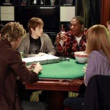 Una scena di gruppo dell'episodio Dogs Playing Poker di Switched at Birth