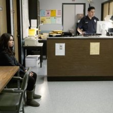 Vanessa Marano in una scena dell'episodio This Is Not a Pipe di Switched at Birth