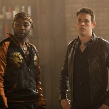 Kevin Alejandro e Nelsan Ellis nell'episodio I'm Alive and on Fire di True Blood