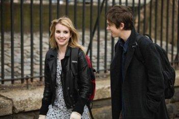 Emma Roberts con Freddie Highmore nel film L'arte di cavarsela