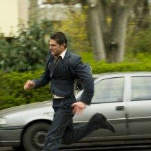 Eric Bana in una sequenza action del thriller Hanna, del 2011