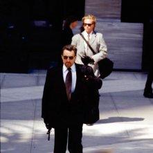 Robert De Niro e Val Kilmer in una scena di Heat - La sfida, di Michael Mann