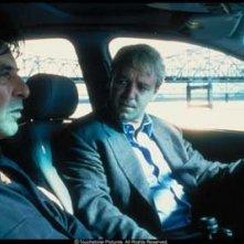 Al Pacino e Russell Crowe in una scena del film Insider - Dietro la verità di Michael Mann