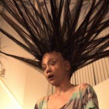 Un'inquietante immagine del film di Sion Sono Exte: Hair Extensions