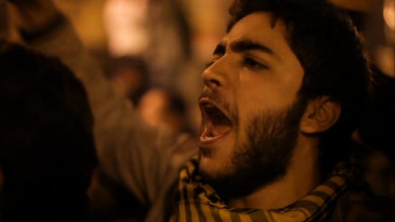 Un Manifestante Egiziano Urla Slogan Contro Il Regime In Tahrir 211101