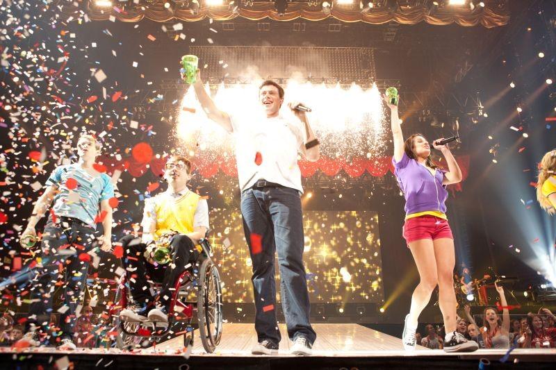 Kevin Mchale Cory Monteith E Lea Michele In Una Scena Di Glee 3D 211168