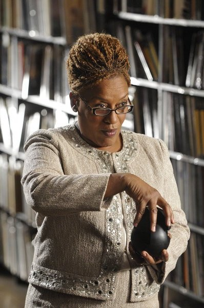Cch Pounder Nell Episodio The New Guy Di Warehouse 13 211374