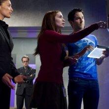 Felicia Day, Erica Cerra e Niall Matter nell'episodio Reprise di Eureka