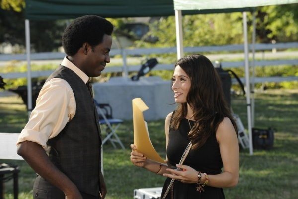 Sarah Shahi E Baron Vaughn Nell Episodio Bo Me Once Di Fairly Legal 211262