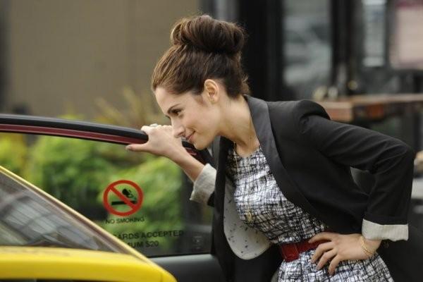 Sarah Shahi In Una Scena Dell Episodio The Two Richards Di Fairly Legal 211249