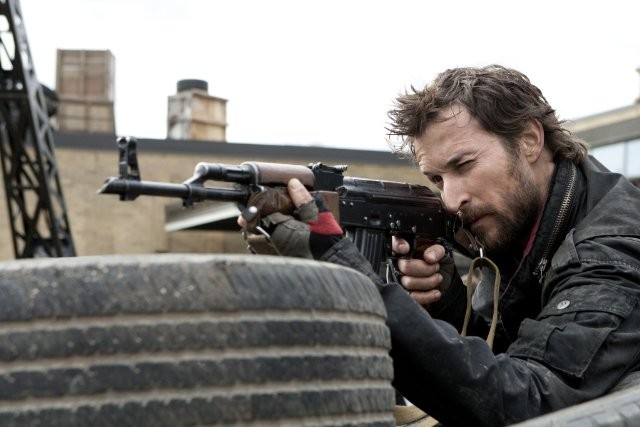 Noah Wyle Nell Episodio Eight Hours Di Falling Skies 211463