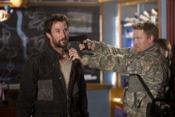 Noah Wyle nell'episodio Mutiny di Falling Skies