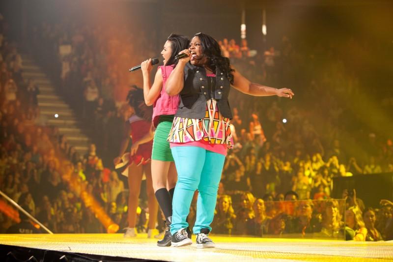 Naya Rivera E Amber Riley In Glee The 3D Concert Movie 211527