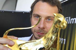 Alessandro Comodin a Locarno mostra il pardo per la sezione Cineasti del Presente