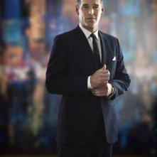 Eddie Cibrian è Nick in una foto promozionale della serie The Playboy Club