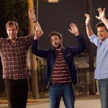 Mani in alto per Jason Bateman, Charlie Day e Jason Sudeikis in Come ammazzare il capo... e vivere felici!
