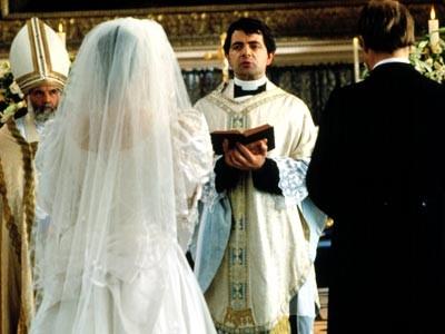 Rowan Atkinson In Una Scena Di Quattro Matrimoni E Un Funerale 211776