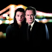 Bill Nighy e Rachel Weisz in un'enigmatica immagine di Page Eight