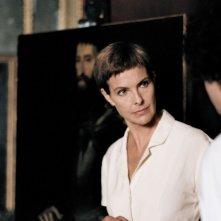 Carole Bouquet è l'affascinante Judith nel film Impardonnables