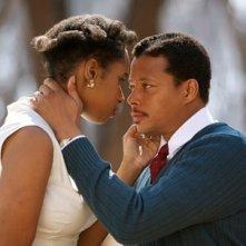 Jennifer Hudson e Terrence Howard in una romantica scena di Winnie