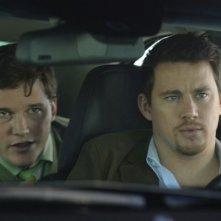 Un primo piano di Channing Tatum e Chris Pratt in auto in Ten Year