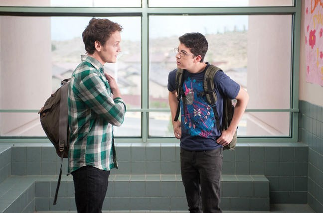 Christopher Mintz Plasse Con Anton Yelchin Nell Horror Fright Night 211947