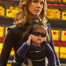 Jessica Alba in Spy Kids 4 con la piccola Marissa Cortez Wilson