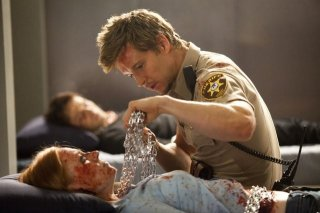 Ryan Kwanten e Deborah Ann Woll nell'episodio Spellbound di True Blood