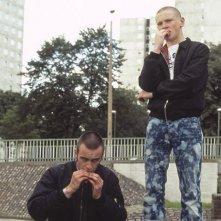 Joe Gilgun e Jack O'Connell in This is England