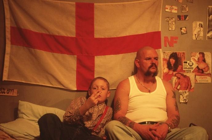Thomas Turgoose E Un Teenager Arrabbiato Nel Film This Is England Ambientato Negli Anni Ottanta 212245