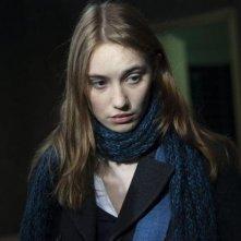 Déborah François è Laura in Student Services