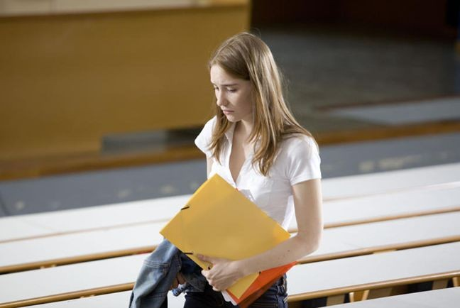 Deborah Francois In Una Sequenza Di Student Services 212346
