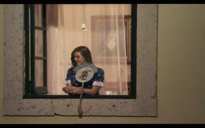 Trailer italiano - Singolarità di una ragazza bionda
