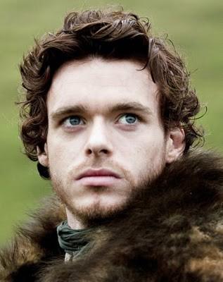 Un primo piano di Richard Madden nella sere tv Game of Thrones