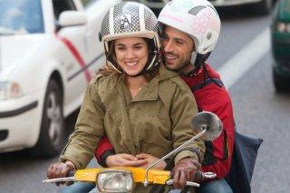 Adriana Ugarte e Hugo Silva in una scena di Lo contrario al amor