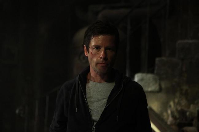 Guy Pearce In Una Sequenza Dell Horror Non Avere Paura Del Buio 212442