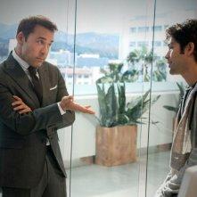Adrian Grenier e Jeremy Piven in una scena dell'episodio One Last Shot dell'ottava stagione di Entourage